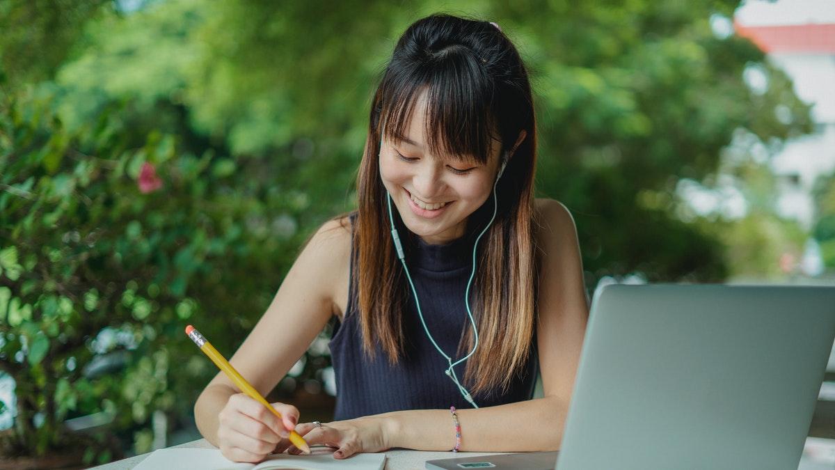 student laptop pencil